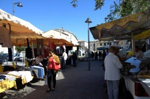 Mardi joru de marché marseillan